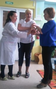 Плановые занятия по обучению навыкам оказания первой помощи пострадавшим
