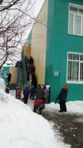 Совершенствуем умения: плановая эвакуация воспитанников и работников